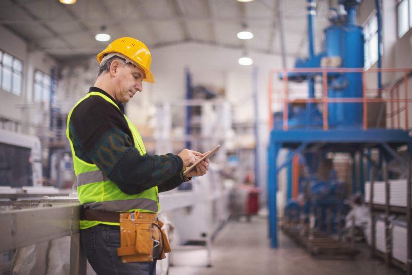 A informatização/automatização da manutenção impactará positivamente na rotina da sua empresa, forçando a automatização dos processos dentro das empresas.