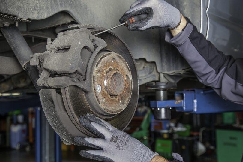 brake disc 1749633 1920 810x540 - Rotina de Inspeções no Engeman®