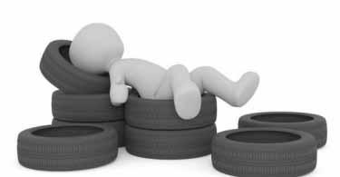 O controle da pressão dos pneus pode causar desgastes anormais e excessivos, sobreaquecer o pneu, aumentar o consumo de combustível.