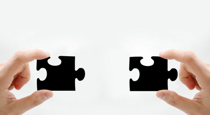 É comum quando estamos lidando com planejamento de serviços surgirem conflitos de custo, e a solução nesse caso é realizar o nivelamento dos recursos.
