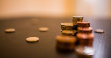 money 767778 1920 375x195 - Manutenção em Tempos de Crise