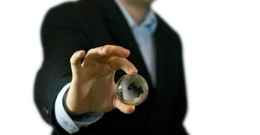 sobre globalizacao ameacas e a competitividade 375x195 - A influência da gestão da manutenção nos resultados de uma empresa