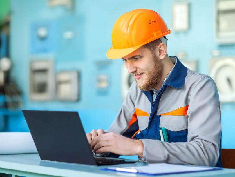 Os softwares de gestão de manutenção vêm ganhando cada vez mais espaço no mercado de trabalho,abordando os principais conceitos referentes ao controle.