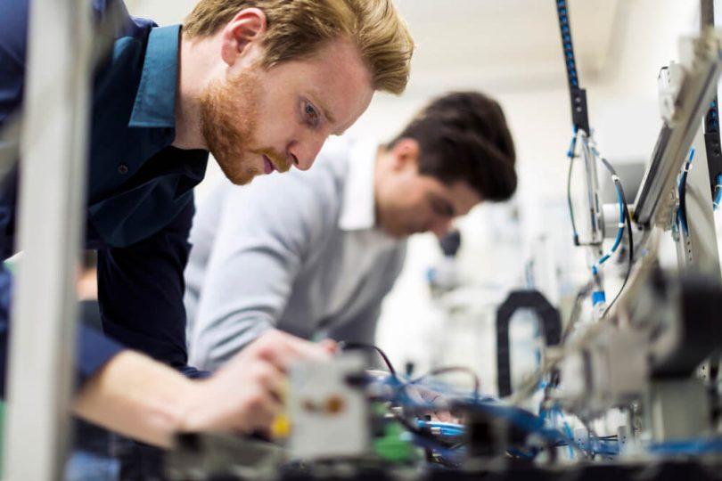 Compreender os erros na manutenção é muito útil em plantas industriais.Para tanto, é necessária atenção permanente aos aspectos objetivos.