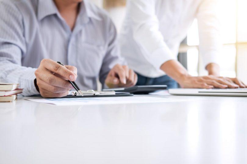 Uma gestão de custos eficiente é essencial para manter o bom funcionamento do negócio, torná-lomais competitivo, evitar prejuízos financeiros e materiais.