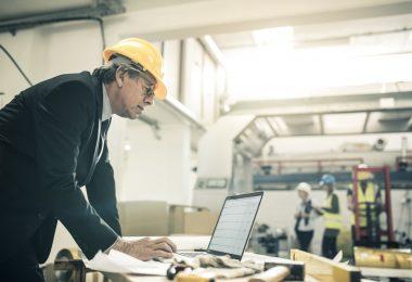 O nivelamento de recursos é uma técnica empregada para impedir que recursos de um projeto ou atividade sejam estimados de maneira escassa ou excessiva.