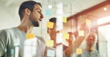 diminuir os riscos relacionados ao longo da vida útil e garantir a lucratividade do empreendimento, com a manutenção predial