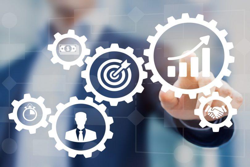 alterações são devidas à revolução ocorrida nos anos 90, que direcionou os esforços para a percepção do cliente, portanto, impactou a gestão de processos.